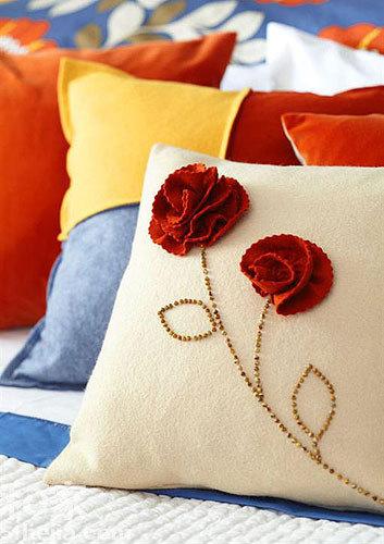 不织布diy蔷薇抱枕 创意点亮春意卧室